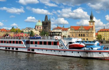Prague Lunch Cruise