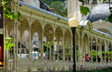The Tour of Karlovy Vary with Moser Factory